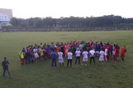 Tim pra-PON Sumbar menetapkan 40 pesepak bola ikut pemusatan latihan