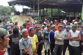 Pembayaran gaji ditunda, karyawan PT Gergas Utama Wampu berunjuk rasa