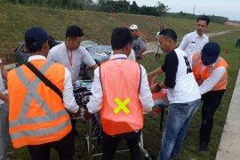 Kecelakaan di JTTS KM 198 TulangbawanG Page 6 Small