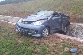 Kecelakaan di JTTS KM 198 TulangbawanG Page 3 Small
