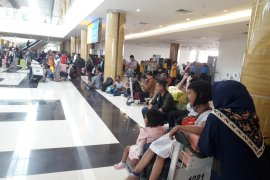 Bandara Internasional APT Pranoto Samarinda Dibanjiri Penumpang