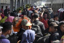 Angkutan umum harus utamakan keselamatan penumpang
