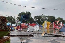 Kota Binjai dilanda angin puting beliung