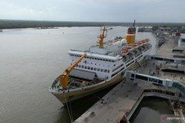 Ribuan pemudik asal Batam tiba di pelabuhan Belawan (video)