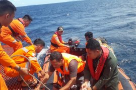 Basarnas cari nelayan hilang di Halsel