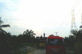Kerusakan jalan kawasan wisata Langkat karena angkutan melebihi tonase