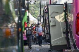 Bio Farma berangkatkan 1.000 pemudik gratis dari Kota Bandung