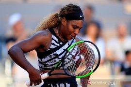 Serena melaju ke putaran tiga Wimbledon