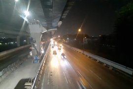 Lalu lintas di jalan tol Jakarta Cikampek Km 15 sangat lancar