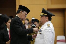 Boyjenturi dilantik sebagai Penjabat Gubernur Lampung