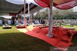 Prajurit TNI mulai bersiap jelang pemakaman jenazah  Ani Yudhoyono