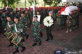 Jenazah Ani Yudhoyono diberangkatkan ke TMP Kalibata