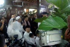 SBY sempat satukan air mata Ani  dengan air matanya
