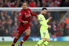 Van Dijk merasa Ballon d'Or harus diberikan kepada Messi