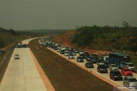 """Lalu lintas normal, """"One Way"""" di Tol Jakarta-Palimanan dihentikan"""