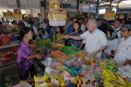 Menteri Perdagangan inspeksi pasar di Bali