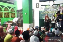 Ponpes tahfidz Quran Nur'aini shalat ghaib dan doa bersama untuk Ani Yudhoyono