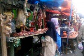 Warga Rejang Lebong keluhkan harga daging sapi capai Rp150.000