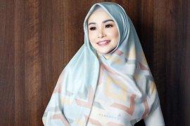 Bukan ketupat melainkan nasi yang dicari Soraya Larasati saat Lebaran