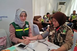 Gangguan kesehatan pemudik Tangerang dominan ISPA dan batuk