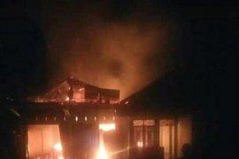Rumah warga di Jambi hangus terbakar akibat gas meledak