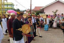 Bupati Gorontalo Utara uraikan bahagia rohani di Idul Fitri