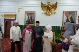 Gubernur terima masyarakat berlebaran di Balai Semarak Bengkulu