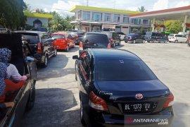 Antrean BBM subsidi masih terjadi di  Aceh