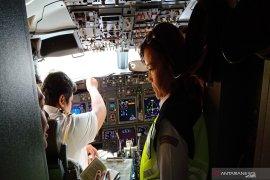 Director General leads aircraft ramp check at Syamsudin Noor