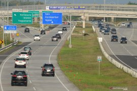 Masyarakat harapkan proyek jalan tol tidak merugikan