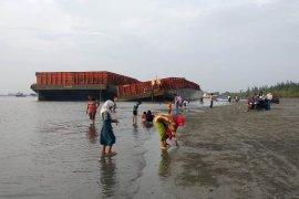 Pulau Baai Ujung jadi objek wisata dadakan