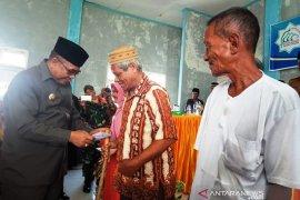 11.723 warga miskin di Aceh Barat terima bantuan Rp8,2 miliar