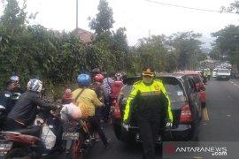 Polres Cianjur tempatkan penembak jitu di sejumlah titik jalur Puncak-Cipanas