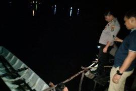 Perahu wisata di Belitung  tenggelam