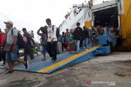 1.390 penumpang kapal laut tiba di Kotawaringin Barat