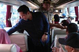 Pemkab Trenggalek lepas keberangkatan 15 bus balik gratis