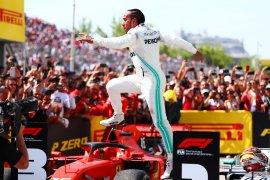 Hamilton raih kemenangan kontroversial GP Kanada