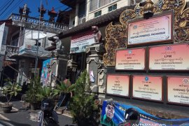 """Geliat pariwisata """"desa nelayan"""" Padangbai-Bali"""