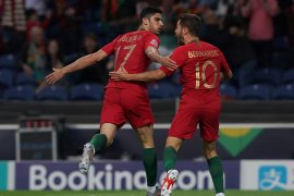 Chelsea gagal boyong Goncalo  Guedes