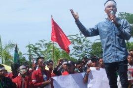 Mahasiswa tuntut janji kampanye Bupati Abdya