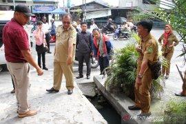 Wakil Wali Kota Medan minta  bangunan di Jalan HM Joni dibongkar
