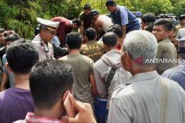 Lakalantas di Parbangunan, pick up dan Supra X masuk jurang 20 meter