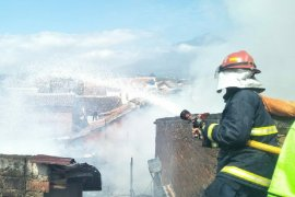Kebakaran hanguskan empat rumah di Garut Kota