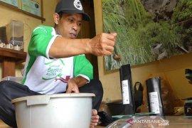 Pedagang kopi Pagaralam sukses berkat PT Timah Tbk