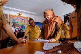 Bupati Masnah inspeksi kehadiran ASN pasca libur