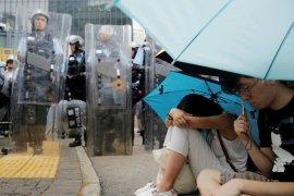 Melihat penampakan People Power di Hongkong Page 6 Small