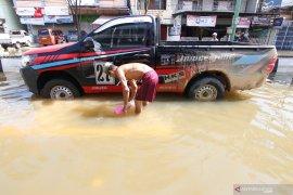 Wilayah banjir  di Samarinda pulih dari pemadaman listrik