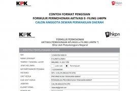 Sebagian anggota DPRD Kota Ambon terpilih serahkan LHKPN