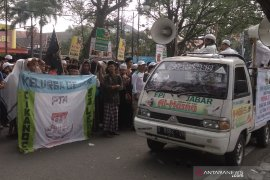 FPI Kota Bandung kirimkan simpatisan kawal sidang MK