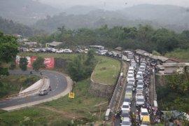 Jalur selatan Jabar butuh tol untuk atasi kemacetan